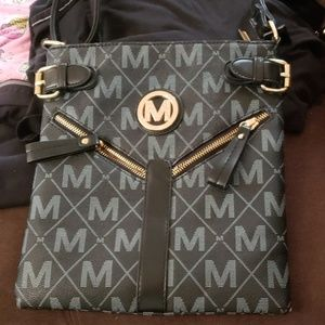 MKF Nathy crossbody purse